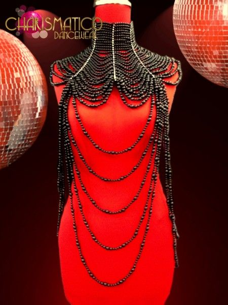 Diva/'s Large Shimmering Metallic Fiery Red Beaded Gothic Showgirl Necklace