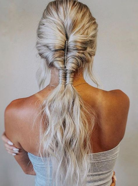 35 Chic Bohemian Hairstyle For Blonde Hair You Must Try This Summer -
