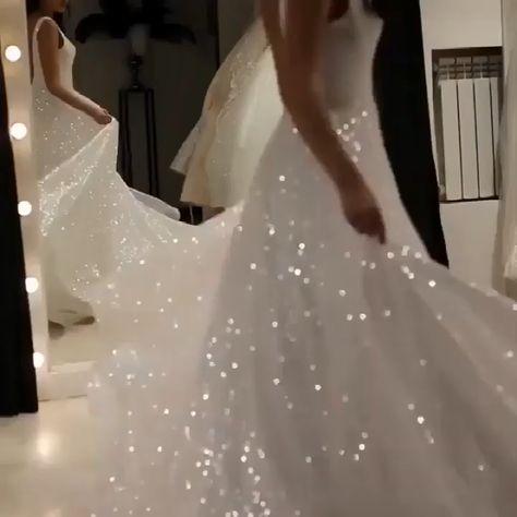 2018 Prom Dresses A-line V neck White Long Prom Dress Evening Dresses AMY534 #fashion #amyprom #princessdress #vintage #vintagepromdress #debutdresses #couture #couturefashion #eveningdresses #formaleveningdresses #promdresseslong #eveninggowns #prom #promdresses #graduationparty #promgown #promdress2019 #prom2k19 #fashion #eveningdress #tulle #plussize #white #sequins #vneck #sparklypromdresses