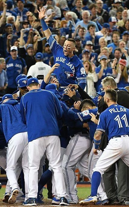 The Blue Jays Celebrate The Win Oct 4 2016 Al Wild Card Game V Bal Blue Jays Baseball Toronto Blue Jays Blue Jay Way