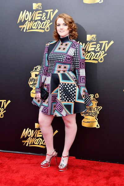 Shannon Purser At The 2017 MTV Video Music Awards - 'Stranger Things' Ladies On The Red Carpet - Photos
