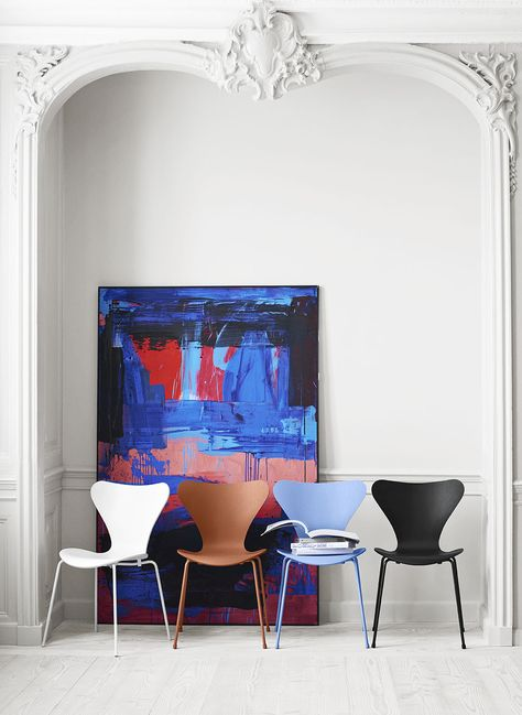 Sedie Serie 7 Fritz Hansen.Fritz Hansen Presents New Colours For The Series 7 By Tal R The