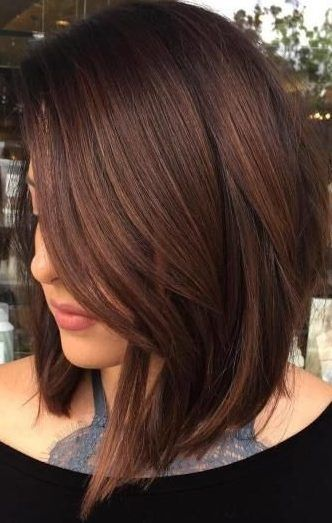 35 Short Chocolate Brown Hair Color Ideas To Try Right Now Wass Sell Hair Haircol Brown Hair Balayage Brown Hair With Highlights Chocolate Brown Hair Color