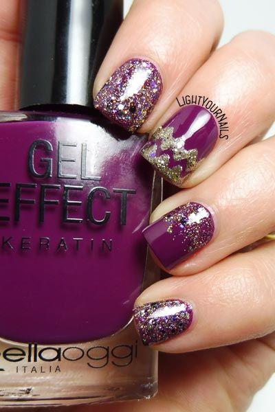 unghie Festive purple glittery nails...