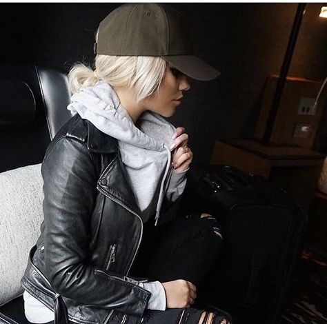One of the most important fashion accessories for women is a black leather jacket, which looks perfect with skirts, pants and jeans. With a perfectly fitted jacket, you are able to flatter your body figure and outfit.