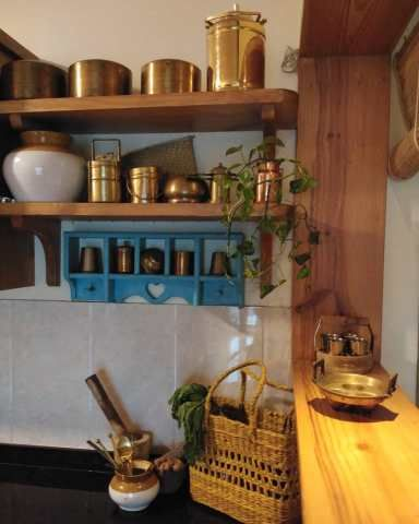 A Heady Brew Of Traditional Indian And Vintage Charm Pratibha S Nest In Mumbai Traditional Kitchen Design Indian Home Decor Decor