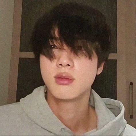 Seokjin, Hoseok, Foto Bts, Boy Scouts, Taehyung, Jin Icons, Bts Meme Faces, The Scene, Bts Aesthetic Pictures