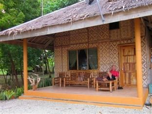 Amakan Cottage Bamboo House Design Wood House Design House In The Woods