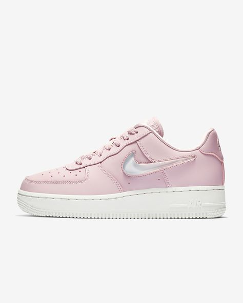 brand new 2a67f 11b4b Nike Air Force 1  07 SE Premium Women s Shoe
