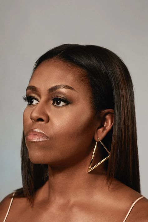 Michelle Obama: The 100 Most Influential People of 2019 Natural Afro Hairstyles Influential Michelle Obama people Michelle Obama Photos, Michelle Obama Hair, Oprah Winfrey, American First Ladies, Netflix, Influential People, Confident Woman, Badass Women, Dwayne Johnson