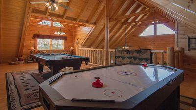 New Arcade 2 Pools 1 Pool Yr Rd Hot Tub Mini Golf Free Wifi Ps3 Game Room Hot Tub