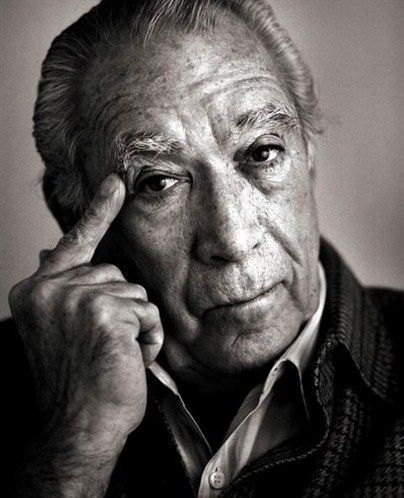 """Anthony Quinn, the father of 13 Kids - """"I lost my father was I 10 years old, and I always looked for a father. I missed my father very much."""""""