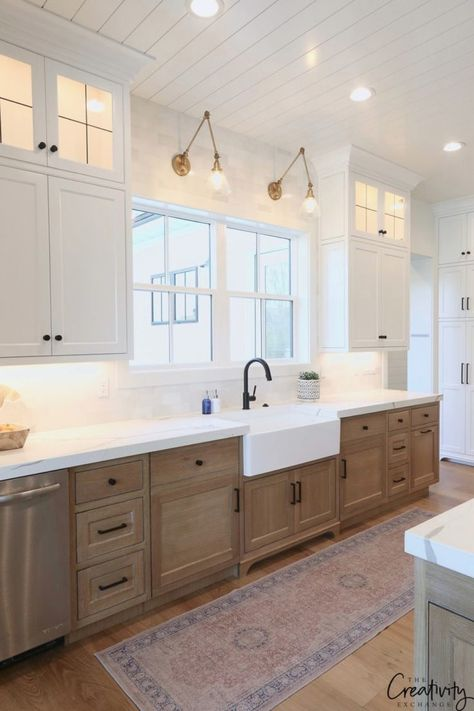 30 Wonderful Modern Farmhouse Kitchen Cabinets Decor Ideas And Makeover. If you are looking for Modern Farmhouse Kitchen Cabinets Decor Ideas And Makeover, You come to the right place. Kitchen Cabinets Decor, Farmhouse Kitchen Cabinets, Cabinet Decor, Modern Farmhouse Kitchens, Farmhouse Homes, Cabinet Design, Home Decor Kitchen, New Kitchen, Cool Kitchens