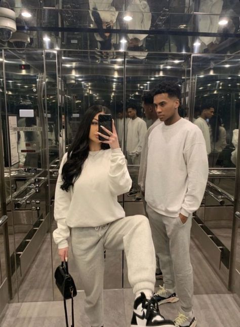Couple Goals Relationships, Relationship Goals Pictures, Black Couples Goals, Cute Couples Goals, Matching Couple Outfits, Matching Couples, Couple Aesthetic, Aesthetic Clothes, Flipagram Instagram