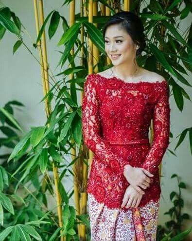 Model Kebaya Brokat Merah Traditional Dress Di 2019 Kebaya