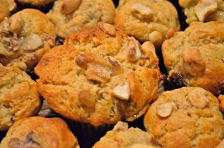 Yummy cream cheese banana nut muffins