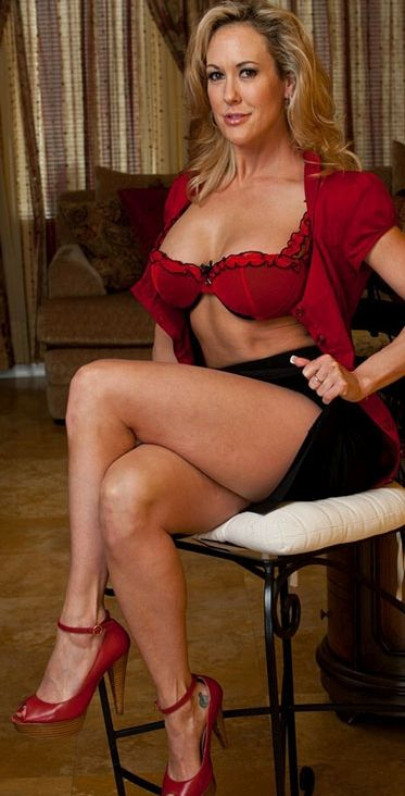 Brandi Love Is A Horny Secretary - Brandi Love