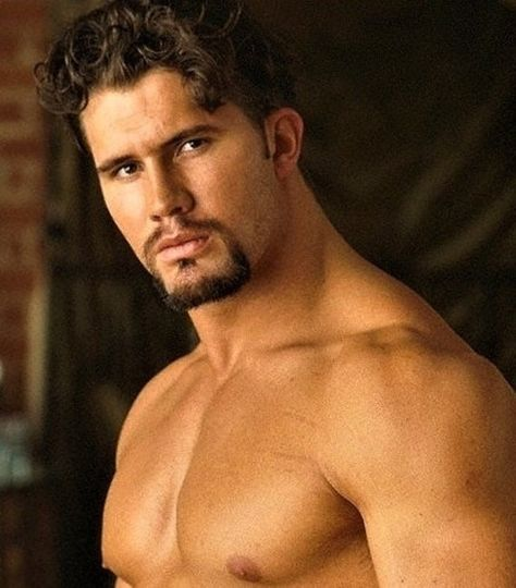 TheMaleImageArtShop - Portrait 'Chad Ullery a. MMA Fighter Chad Bannon 1995 - 8 x Beautiful Men Faces, Gorgeous Men, Male Fitness Models, Male Models, Hot Hunks, Male Hunks, Little Bit, Brave New World, Papi