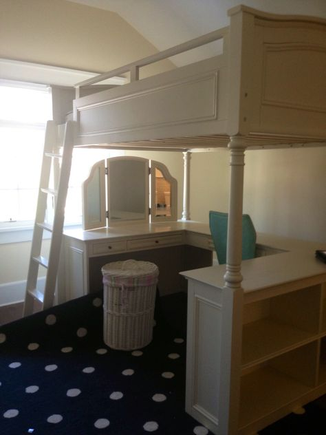 Watercress Springs Estate S Greenwich Moving Pottery Barn Bed And Desk Book Case Unit