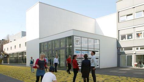 The Berlinische Galerie Things To Do Berlin The Berlinische Galerie Is The City S Museum Of M Berlin Museum Museum Fur Moderne Kunst Zeitgenossische Kunst