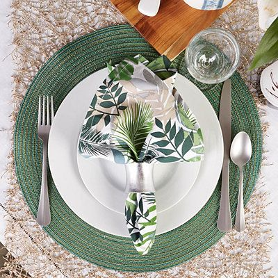 Green Variegated Round Placemats Set Of 6 Dining Table Decor Everyday Green Table Settings Table Settings Everyday