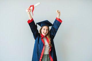صور عبايات تخرج 2019 اجمل ارواب حفل التخرج Graduation Gown Gowns Fashion