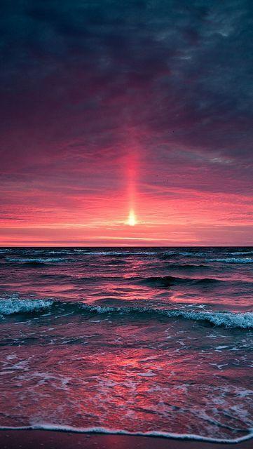 Decline Sea Evening Waves Horizon Sky Pink Gray Foam Whisper Coast Beach 62688 640x1136 Beach Sunset Wallpaper Sunset Wallpaper Ocean Wallpaper