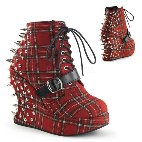 Demonia Gothic Boots and Shoes for sale with great selection at great prices. Gothic shoes, Platform boots, biker boots, combat boots, Victorian & Steampunk shoes for men and women.