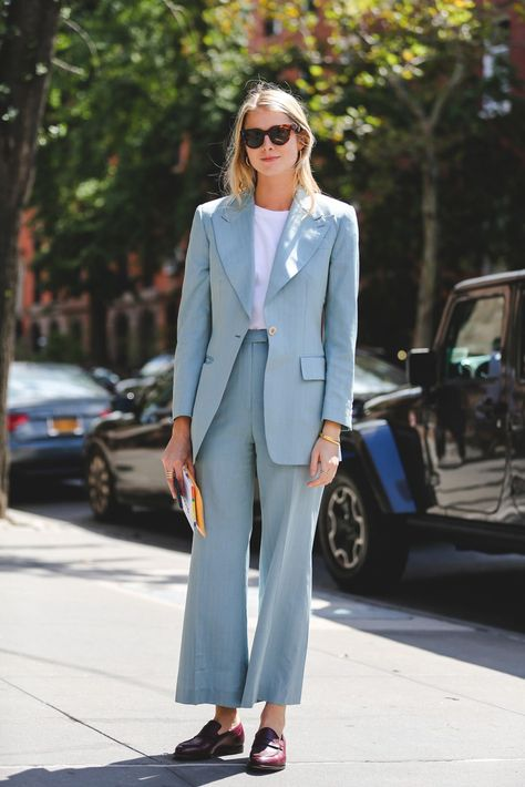 Sky blue sophistication. #refinery29 http://www.refinery29.com/2016/09/120553/nyfw-spring-2017-best-street-style-outfits#slide-82