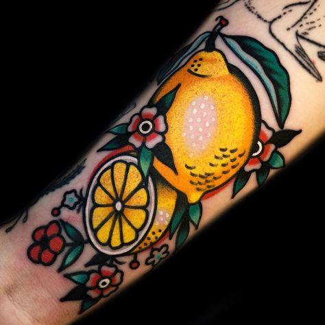 Tattoos Skull, Dope Tattoos, Pretty Tattoos, Leg Tattoos, Body Art Tattoos, Tattoo Drawings, Small Tattoos, Sleeve Tattoos, Tatuagem Old School