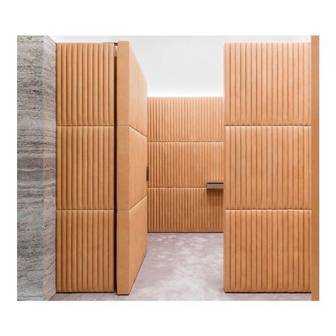 architecture retail interior photographer paris Brioni Flagship by David Chipperfield, Paris, France.