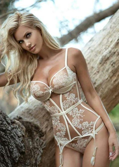 4695752cc Sexy Ukrainian Blonde Leanna Bartlett -- White Basque-Corset Lingerie    Stockings Set