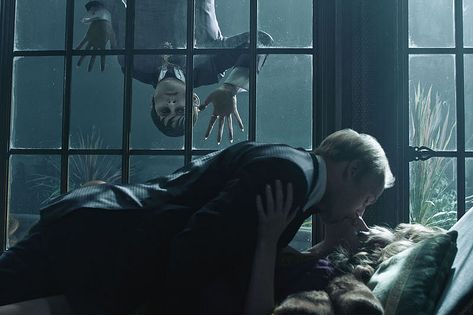 A ton of high res images from Dark Shadows are here to haunt you