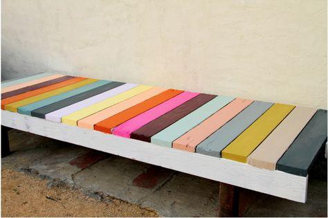 So cute! DIY outdoor bench.