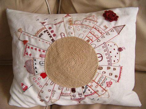 Cuscini Ricamati.Bei Cuscini Ricamati Sewing Pillows Pillows Embroidery Designs
