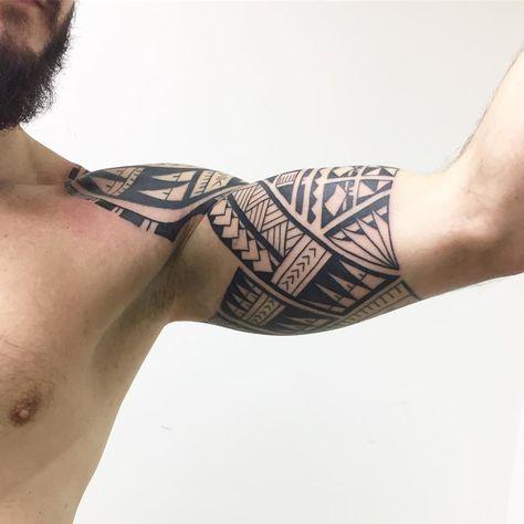 Parte interna. Estilo polinésio. 6 sessões. #maoritattoo #maori #polynesian #tatuagemmaori #tattoomaori #polynesiantattoos…