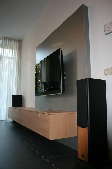 Tv En Audio Kast.Met Flatscreen Achterwand Waarachter Kabels Weggewerkt Zijn Tv