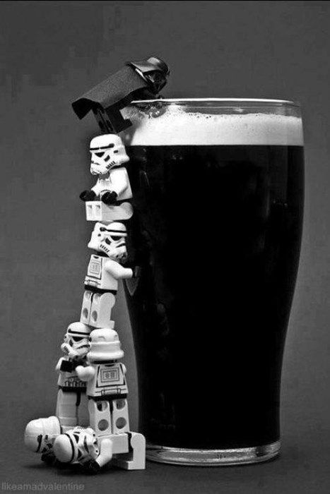 Apparently coming to the dark side can be challenging if you're LEGO Minifigure . And Guinness is yummy so who can fault them the effort Lego Star Wars, Star Trek, Star Wars Art, Dark Side, Lego Worlds, Lego Photography, White Photography, Humor Grafico, Cultura Pop
