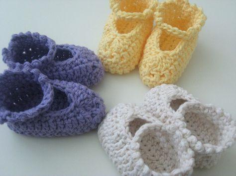 Tootsie Wraps Crochet Baby Booties - A Free Crochet Pattern