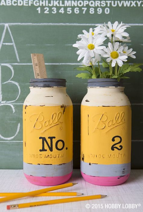 Give your teacher a welcome gift that will sit pretty on their desk all year long! We used chalk paint to mimic our favorite No. 2 pencils for these mason jar displays.