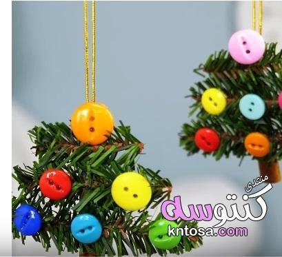 اجمل شجرة كريسماس ممكن تعمليها بأقل تكلفة وبمكونات طبيعية2019 عيد الميلاد بأقل التكاليف بالصور Christmas Ornaments Christmas Novelty Christmas