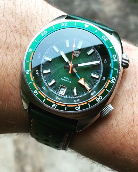 Straton Tourer GMT Automatic
