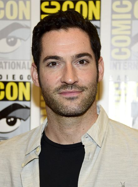 "Tom Ellis Photos - Actor Tom Ellis attends the ""Lucifer"" Press Line during Comic-Con International 2016 at Hilton Bayfront on July 23, 2016 in San Diego, California. - Comic-Con International 2016 - 'Lucifer' Press Line"