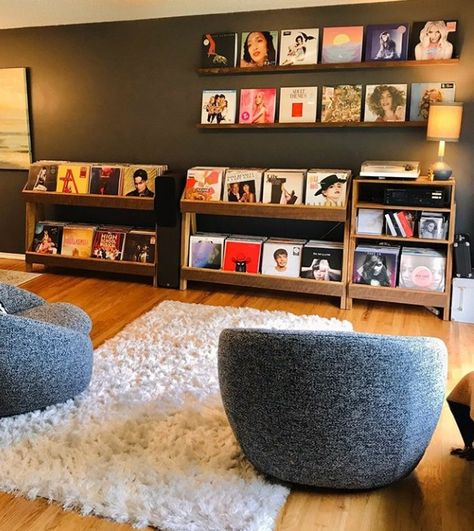 Vinyl Record Display, Vinyl Record Storage, Lp Storage, Vinyl Record Stand, Record Player Console, Vinyl Record Player, Record Wall, Home Music Rooms, Music Studio Room