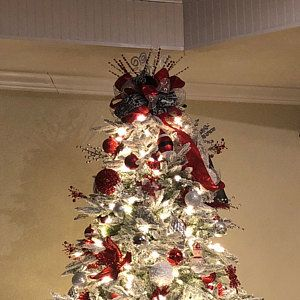 Holli Mcclain Added A Photo Of Their Purchase Christmas Tree Bows Christmas Tree Large Christmas Tree