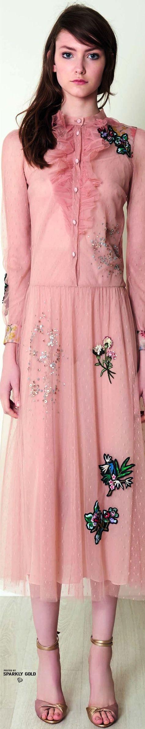 Red Valentino Pre-Fall 2017 | Moda | Pinterest | Moda rosada ...