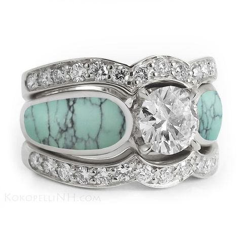 Turquoise Wedding Rings - Santa Fe Plaza. (One day I hope to be wearing one like this)