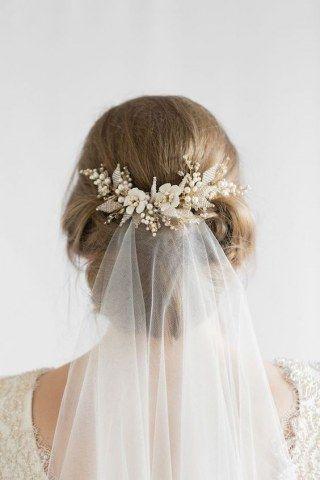 Les 80 Plus Belles Coiffures De Mariees Avec Un Voile Chignon Mariee Cheveux Mariage Coiffure Mariage