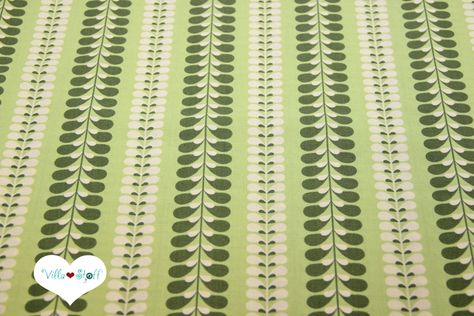 Stoff Baumwolle weiß grün Pflanzen Ranken Blätter