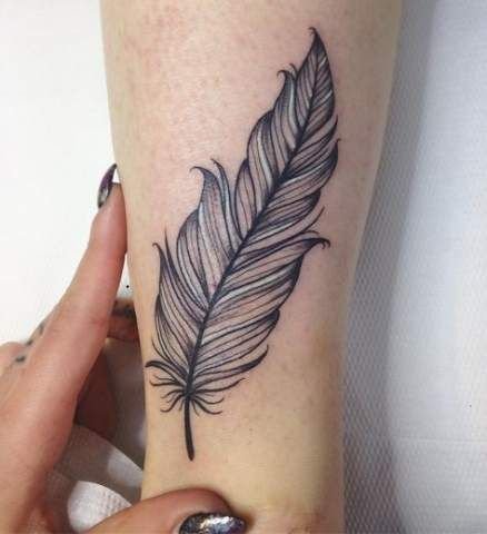 Best Tattoo Foot Feather Henna Designs 20 Ideas Feather Tattoo Design Feather Tattoos Feather Tattoo Wrist